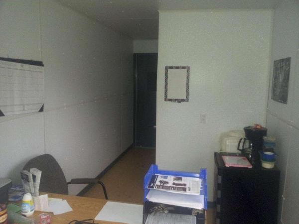 Desk area-1500